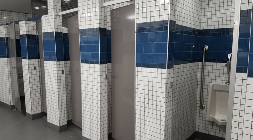 Canadian students protest gender neutral bathrooms for Against gender neutral bathrooms