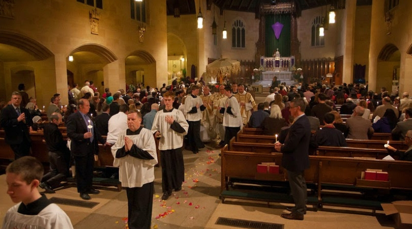 More Than 50 Altar Boys Vouch for Traditional Detroit Priest