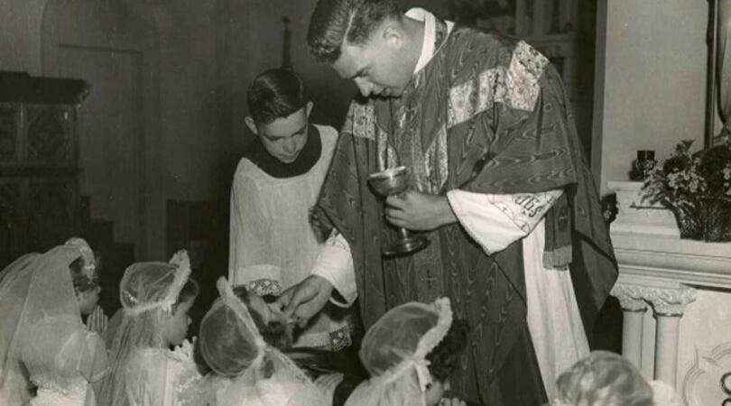 Catholics to US Bishops: Restore Eucharistic Belief Through Tradition, Orthodoxy