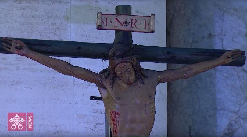 Miraculous Crucifix Ruined at Pope Francis' Urbi et Orbi