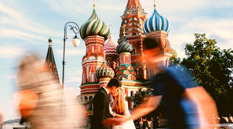 Russia Says 'Yes' to Traditional Marriage, Belief in God