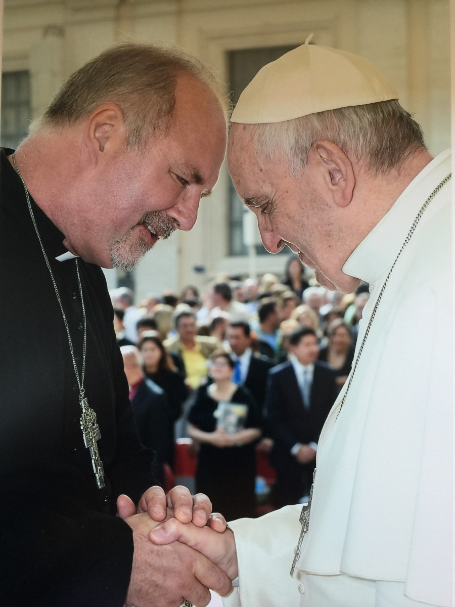 Bishop Gavin Ashenden meets Pope Francis at the Vatican